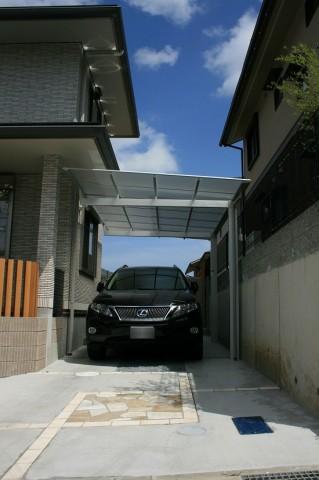 ガーデンプロカーポートには様々なタイプがあります。