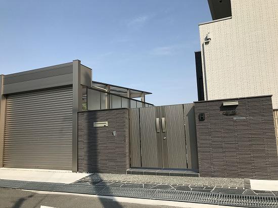 ATM建築様 三協リフレア門扉画像です。