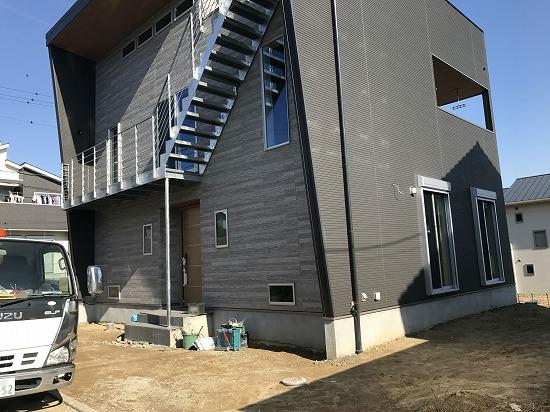 生駒郡三郷町にて本日から外構工事開始いたします。