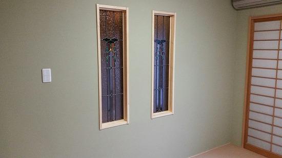 和室のステンドガラス画像です。
