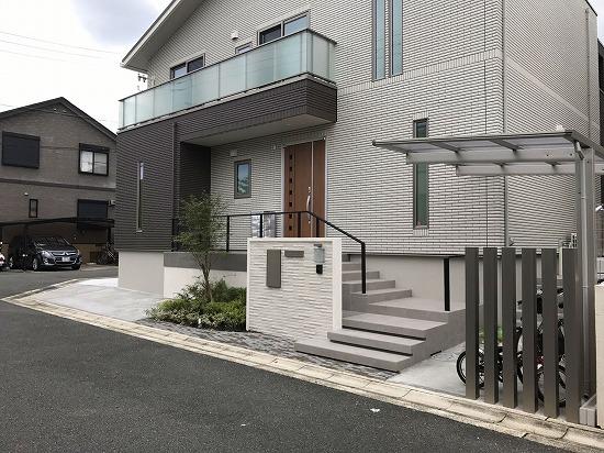 京田辺市にてガーデンプロ関西が新築外構工事を行いました。