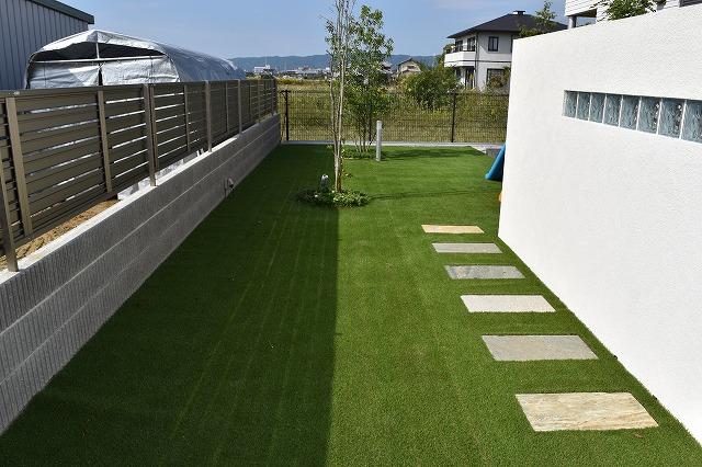 雑草の生えない人工芝リフォーム写真
